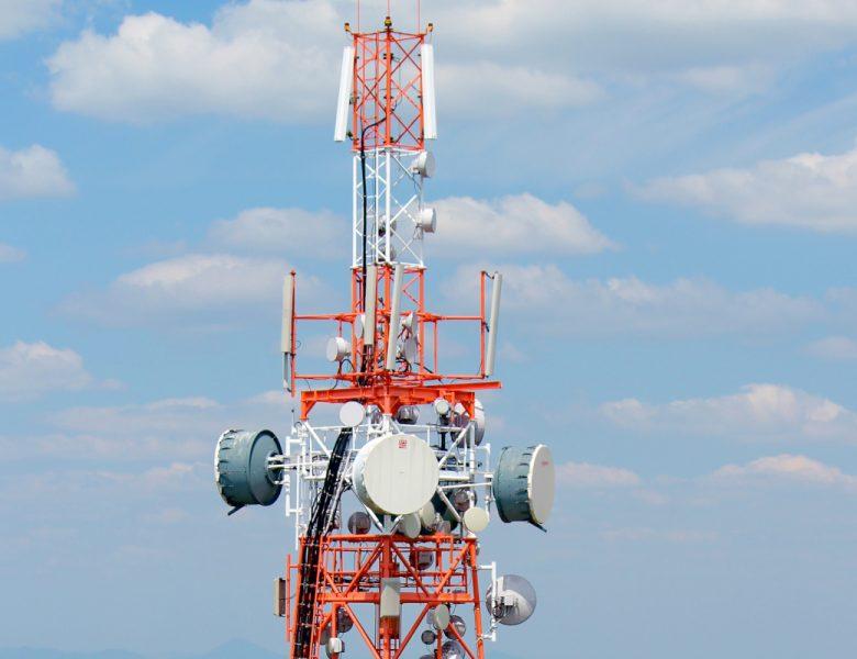 Dans quelques mois, la Grande-Bretagne commencerait à retirer des pièces Huawei de ses réseaux 5G