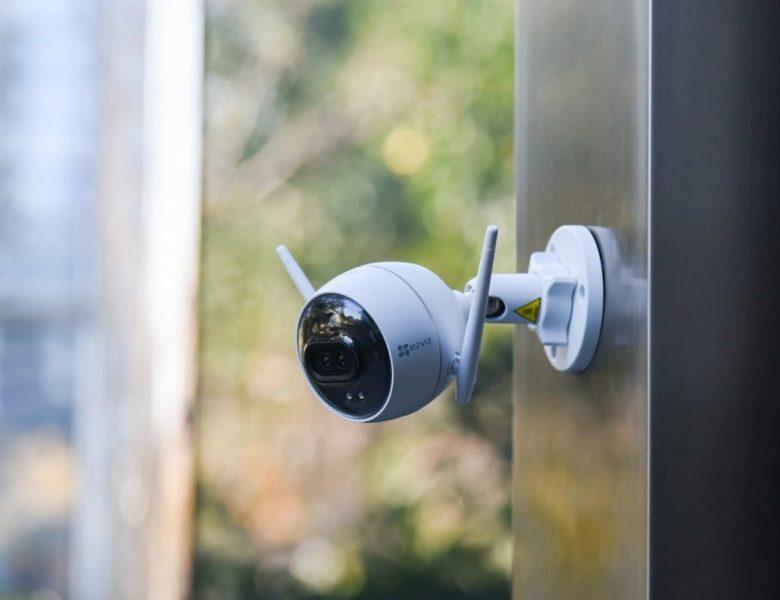 Cette caméra de sécurité IA offre des performances de vision nocturne élevées »Gadget Flow
