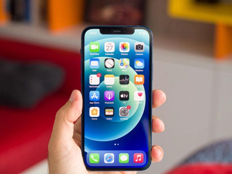 Le fabricant d'iPhone d'Apple cherche à revenir à la normale après que le quart de nuit a détruit des millions d'équipements