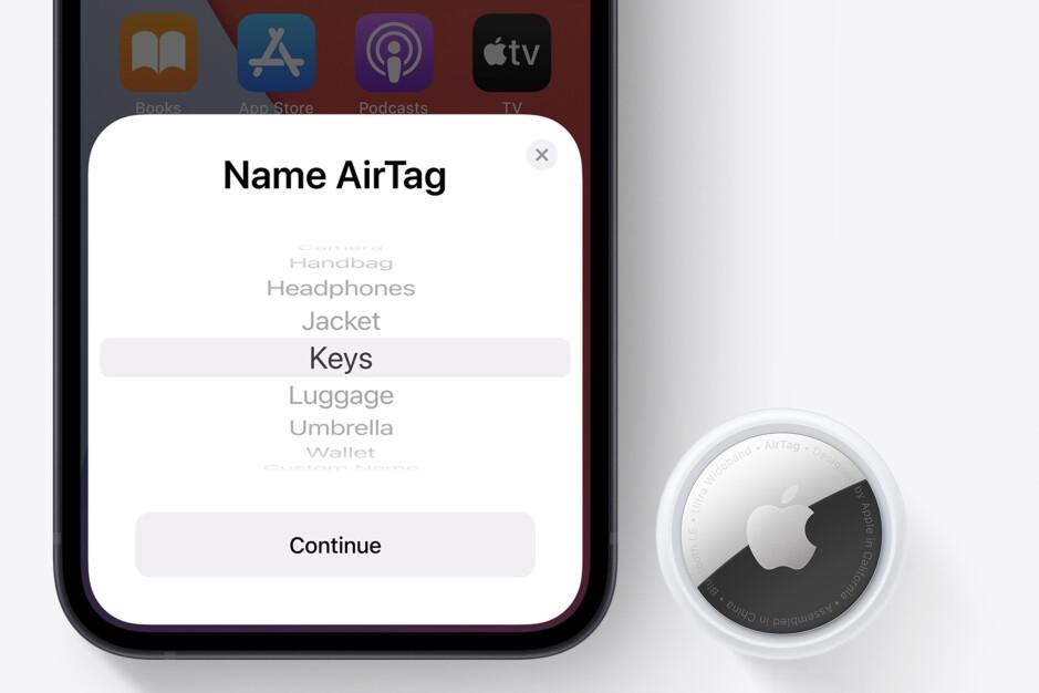 Le PDG de Tile qualifie Apple de `` train monopoliste en fuite '' après la sortie d'AirTags