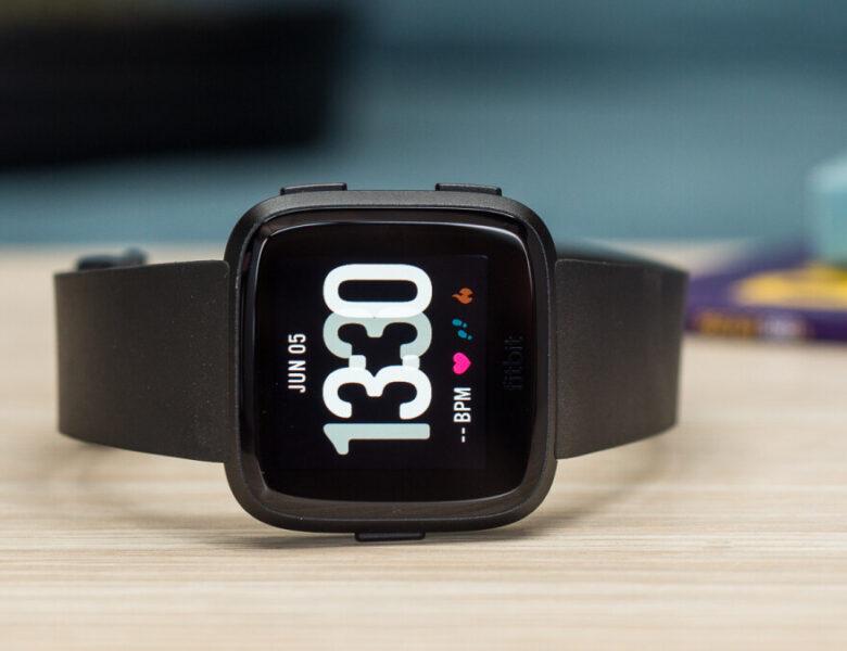Les appareils portables Fitbit incluront bientôt une fonction de suivi des ronflements